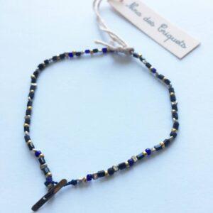 perles noires et bleutées