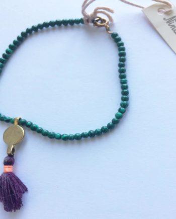 bracelet pompon